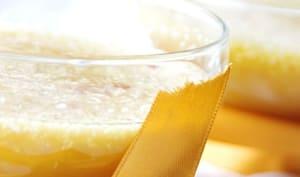 Cocktail de mangue et ananas à la noix de coco