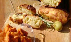 Cake aux olives vertes et parmesan