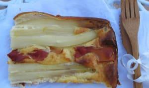 gâteau aux asperges, au jambon de pays et amandes