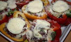 Poivrons farcis au quinoa, à la coppa et aux légumes grillés