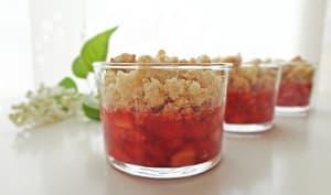 Crumble fraises fraîches et noix de coco