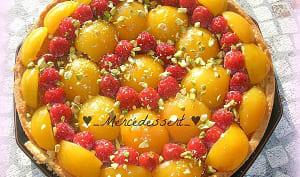Tarte abricot framboise pistache