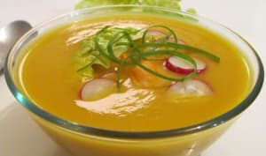 Bouillon de carottes aux crevettes