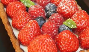 Tarte à la menthe et aux fruits rouges