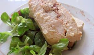 Terrine aux trois poissons, crevettes roses et tomates séchées