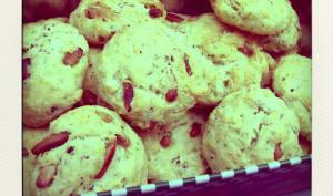 Cookies aux pignons de pin, feta et basilic