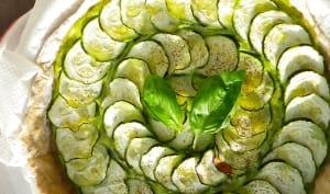 Tarte à la courgette et crème de courgette au basilic