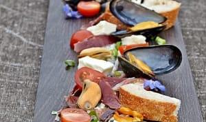 Moules / Jambon Bellota / mayo basilic / mozarella / tomates