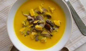 Crème de butternut et rutabaga, champignons dorés et Shropshire
