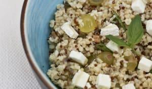 Salade de Quinoa, raisin, chèvre et noix de pécan