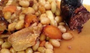 Cassoulet breton aux cocos de Paimpol saucisse de molène et queue de lotte
