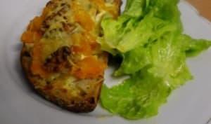 Tartine au potimarron, crème de bleu et noix