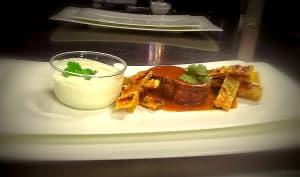 Mignons de chevreuil au curry, parathas au cumin et raïta