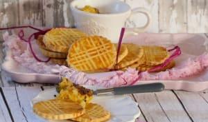 Galettes bretonnes et compote pomme orange aux copeaux de chocolat