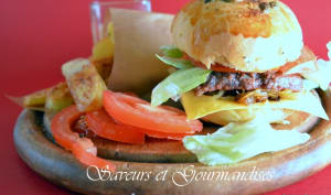 Hamburgers maison aux patatas bravas