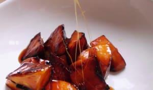 Patate douce au caramel chaud filant