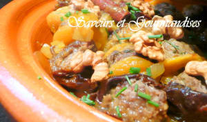 Tajine d'abricots et de pruneaux farcis à la kefta