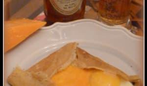"""Crêpes à la bière """"maltée"""" et un peu de cheddar"""
