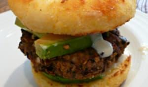 Burger aux haricots noirs et mayonnaise vegan
