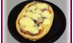 Bruschetta tomates, coppa, mozza