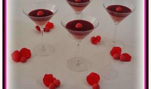 Panna cotta fraise Tagada coulis de fruits rouges
