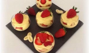 Tiramisu fraises , chocolat blanc