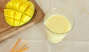 Lassi à la mangue et fleur d'oranger