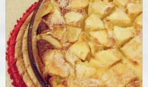 Le clafoutis aux pommes et aux pruneaux