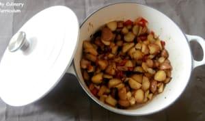 Pommes de terre grenailles sautées aux poivrons, oignons, basilic et thym