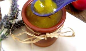 Compote de nectarines jaunes à la lavande