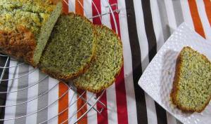 Orangé et pavoté le cake s'il vous plait