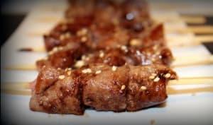 Brochettes d'agneau sauce miel