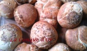 Panini à l'huile d'olive aux grains de sésame ou d'anisr