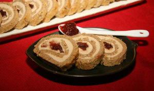 Roulé au pain d'épices et foie gras, confiture de figues