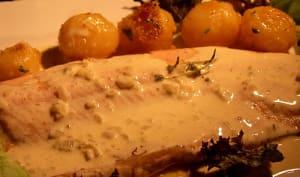 Filet de Féra Nourri au Beurre Sauce Échalote Vin Blanc Crème