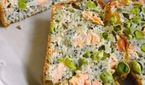 Cake aux petits pois, saumon, pavot, citron et aneth