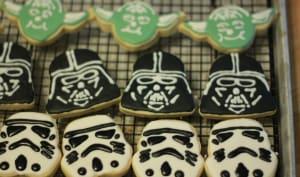 Biscuits décorés Star Wars avec la glace royale