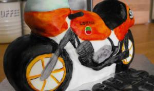 Gâteau 3D moto