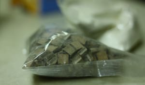 Chunks au chocolat dans un sac plastique