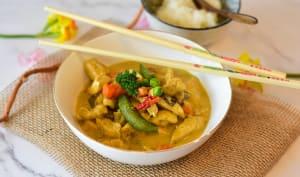 Poulet au curry et petits légumes