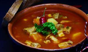 Goulash soupe hongroise