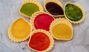Roudoudous multicolores sur feuille de cahier