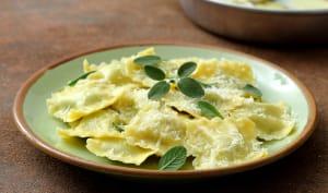 Assiette de ravioles à la sauge