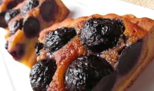 Parts de tarte aux raisins noirs