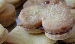 Biscuits fourrés à la pâte à tartiner aux Carambar