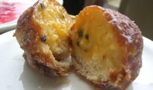 Beignet sans gluten fourré aux fruits de la passion