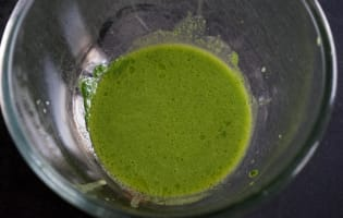 Jus vert épinards roquette et basilic - Etape 8