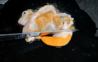 Parer une noix de saint Jacques - Etape 3