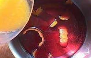 Pêches au vin rouge épicé - Etape 2