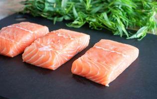 Désarêter un filet de saumon - Etape 7